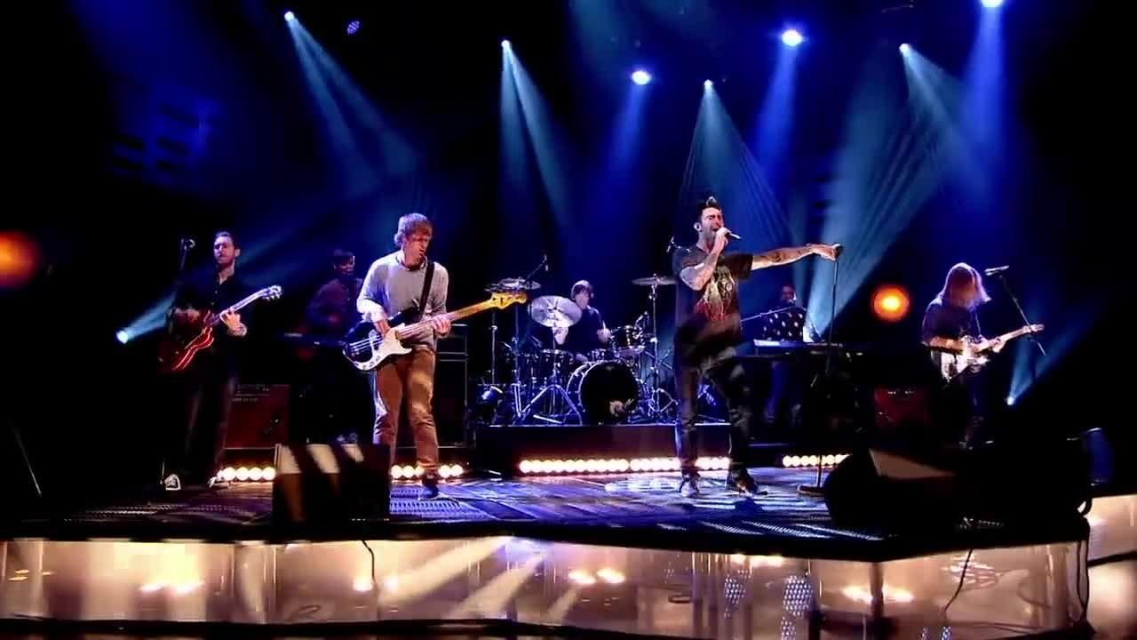 Maroon 25   Animals   Live at Graham Norton Show 25